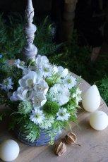 画像2: ピュアホワイトの花籠 (2)